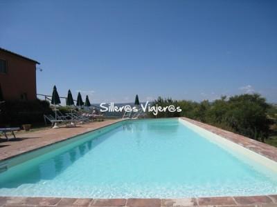 La piscina con vistas panorámicas