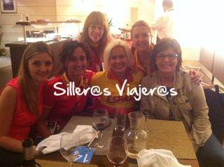 Cenando en la Casa de España con la delegación española