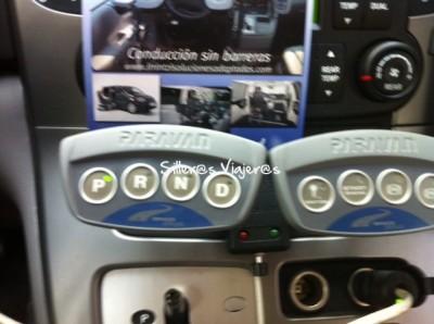 Coche dirigido mediante botones
