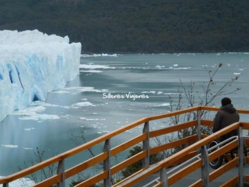 Accesibilidad con pasarela para ver el glaciar