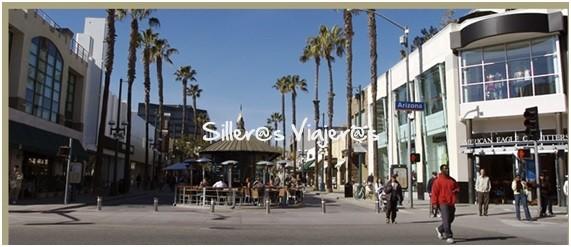 Paseo peatonal comercial muy accesible. La famosa calle Third Street Promenade