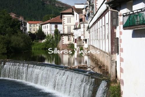 Río del pueblo Elizondo