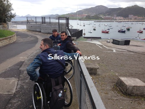 Silleros viajeros en el puerto de Castro Urdiales