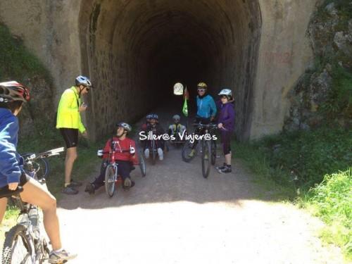 Descanso a la salida de un túnel