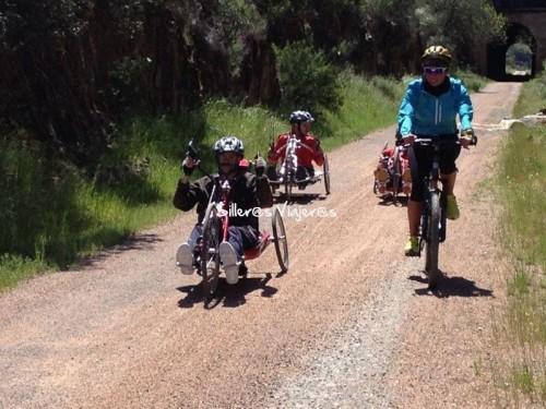 Rutas de silleros con handbikes y bicis