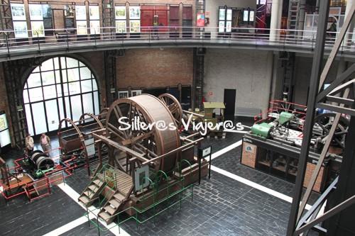 Vista del interior del museo desde arriba