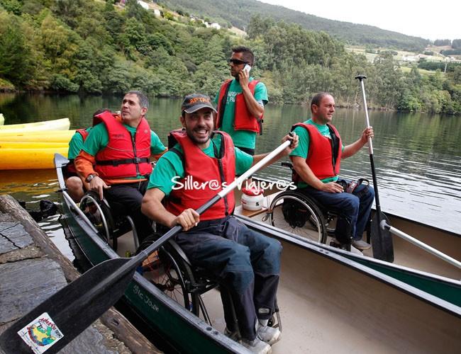 Silleros en canoas