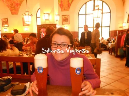 Rato de descanso junto con cervezas alemanas