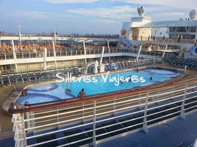 Piscina del barco adaptada