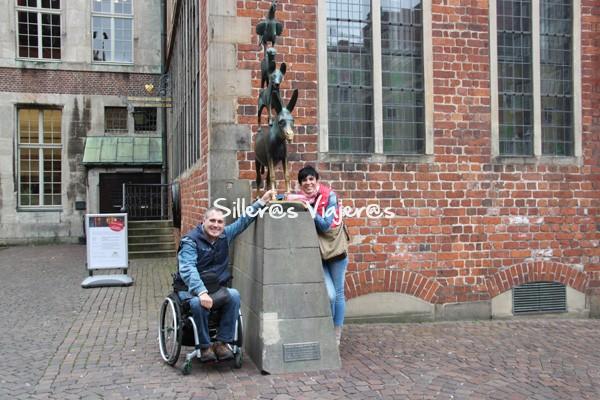 Estatuas en las calles de la ciudad