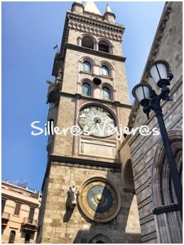 Torre del reloj en Italia