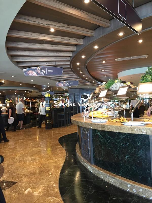 buffet accesible en crucero adaptado por el Mediterráneo