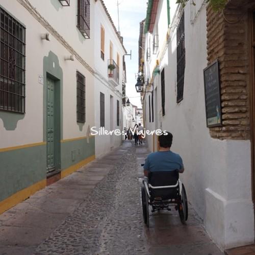 Calle de Córdoba para silla de ruedas