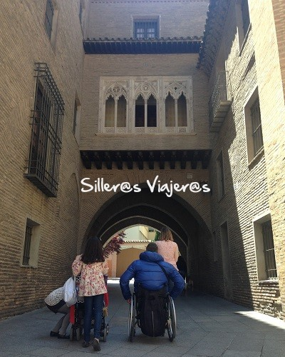 Paseo accesible por la Seo de Zaragoza