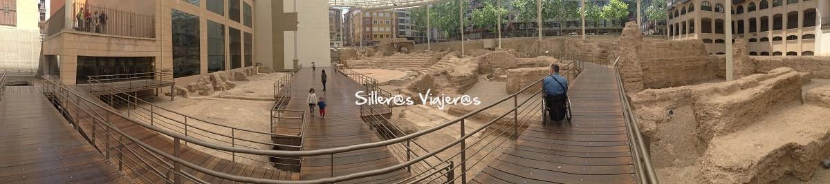 Camino accesible en el museo del teatro romano de Caesaraugusta.