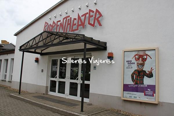 Entrada al Teatro de las Marionetas (Puppentheater).