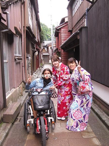 Geishas en Nagamachi. Kanazawa