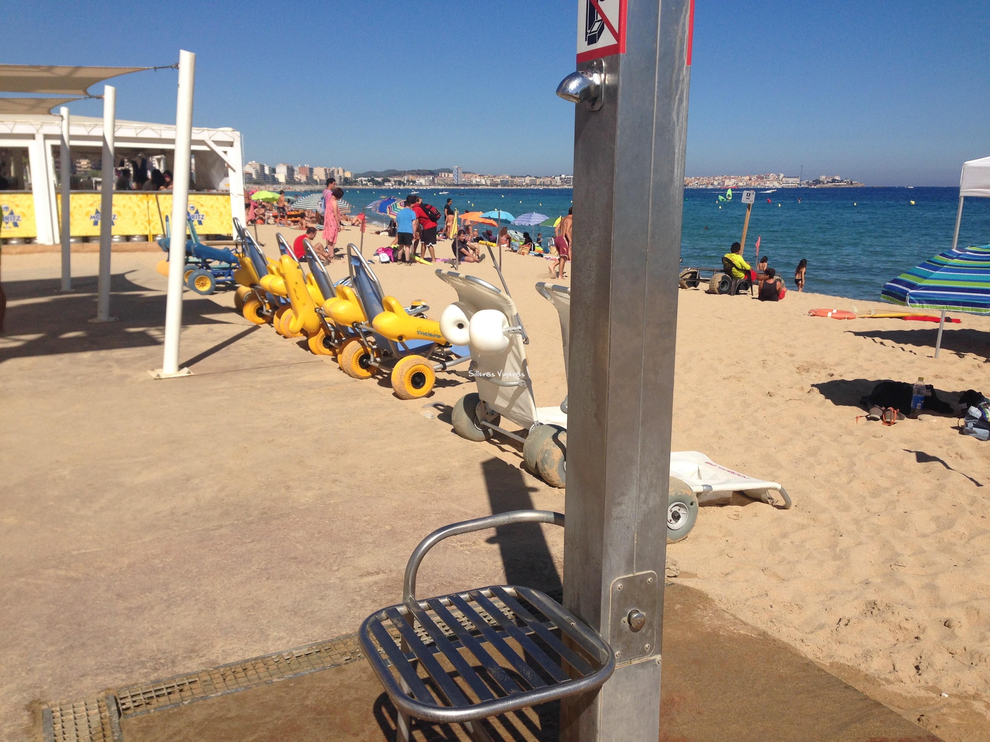 Ducha de la playa adaptada