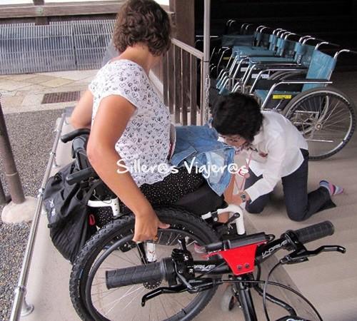 Limpieza de ruedas para entrar en Castillo