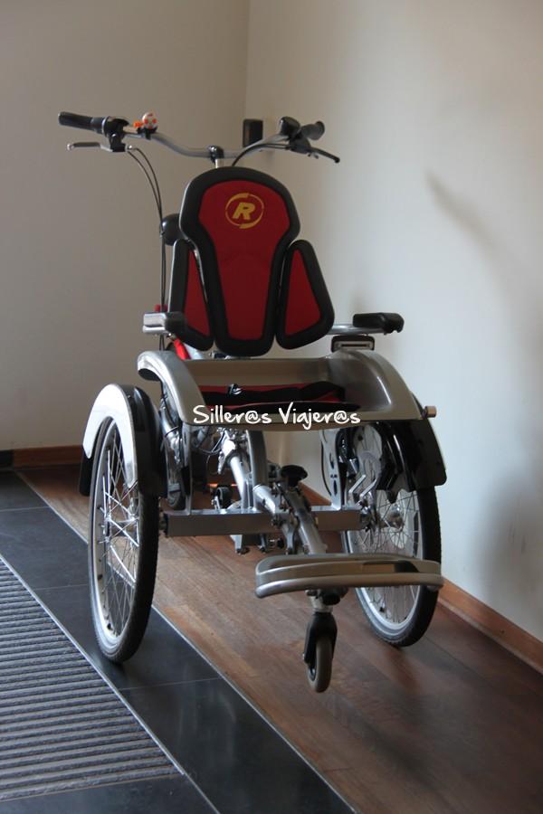Bicicletas adaptadas en el hotel.