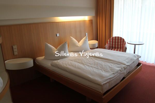 Habitación del hotel Hausrheinsberg totalmente accesible.