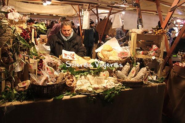 Mercado de productos artesanales de La Toscana