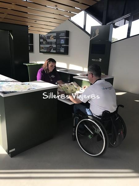 Mostrador accesible para minusválidos
