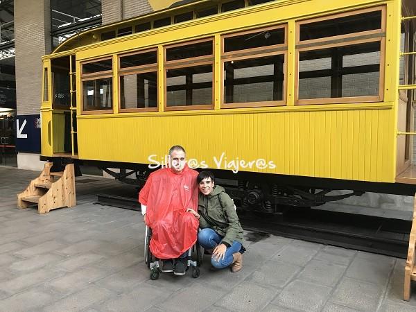 Visita al Museo del Ferrocarril en Asturias