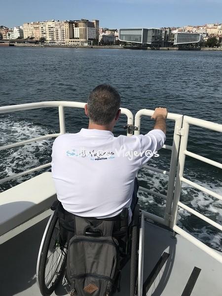 Paseo en barco por la bahía