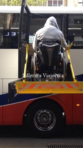 Autobús adaptado