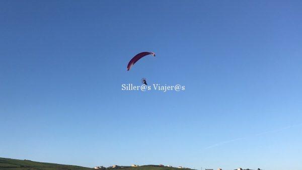 Paratrike en el aire. Volando sobre el Cabo de Peñas