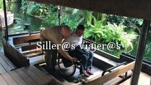 Paseo en barca con silla de ruedas
