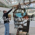 Estatua hecha con material reciclado en Museo Wurth