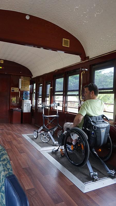 Espacio reservado para usuarios de silla de ruedas