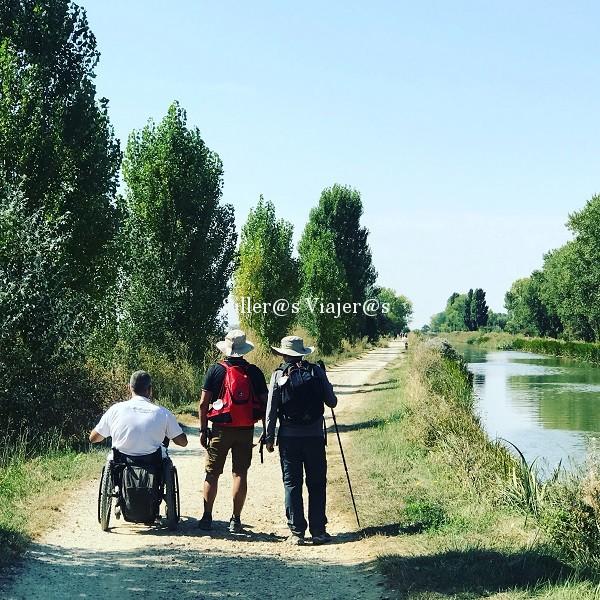 Caminando por el Canal de Castilla