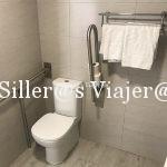 Baño adaptado en apartamento de aparthotel Alcudia Garden