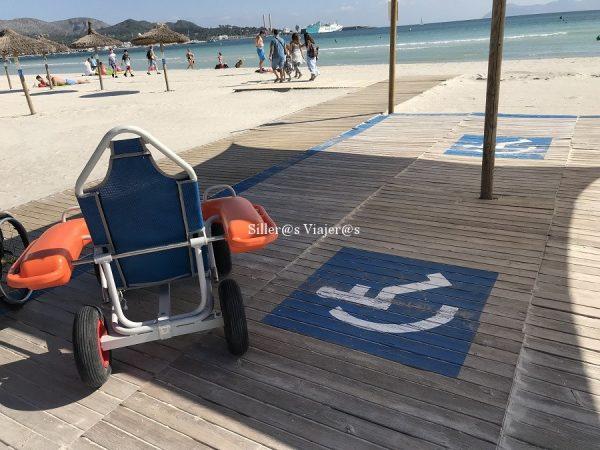 Punto accesible en la playa de Alcudia