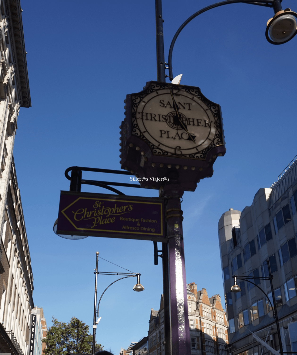 Interior mercado Barrio Camden Town