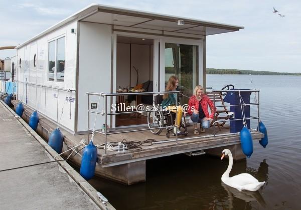 Casitas flotantes en los lagos, accesibles para silla de ruedas. Imagen de Turismo de Brandemburgo