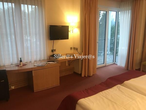 Una de las habitaciones accesibles del See Hotel Rheinsberg