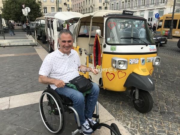 Famosos motocarros de Lisboa. No son accesibles pero sí curiosos