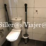 Baño adapatado en habitación accesible del Parador de Ceuta
