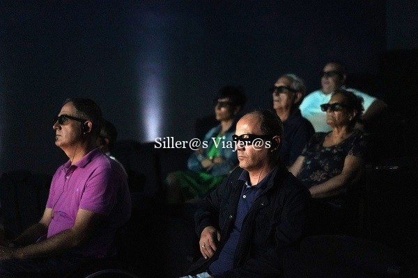 Es la 1ª película en 4 d 100% inclusiva para todo tipo de visitantes en lengua castellana