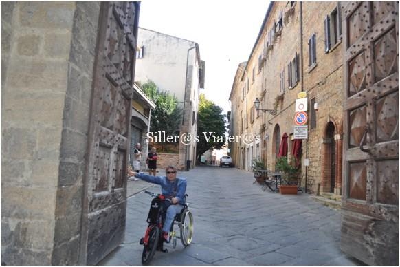 Puerta de entrada a Volterra