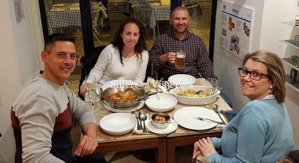 Disfrutando de los ricos manjares de Lisboa