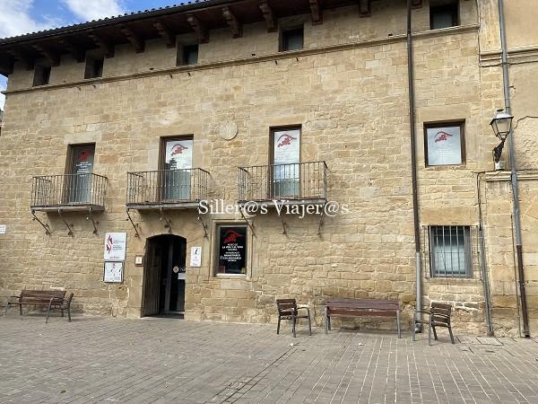 Museo del Vino y oficina de turismo