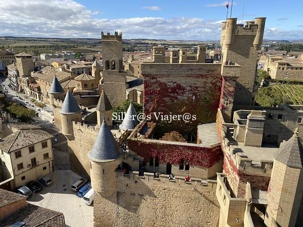Panorámica de la Plaza de CArlos III y del Palacio Real. Vsita desde una de las torres del Palacio Real