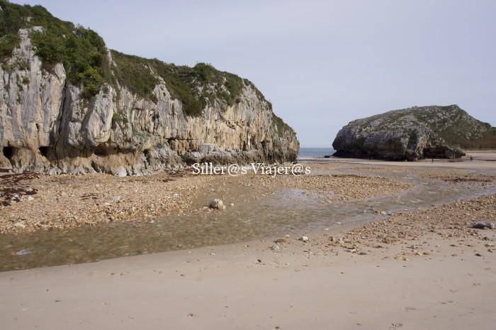 Una de las tranquilas playas de la zona este de Asturias