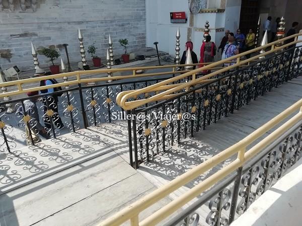 Rampa de acceso al palacio