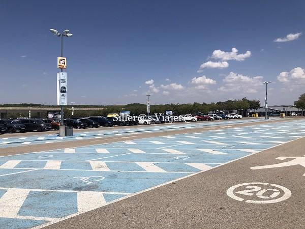 Plazas de aparcamiento reservado para personas con discapacidad